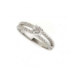 18k White Gold Round Brilliant Cut Diamond Ring 0.59ct F/VS1